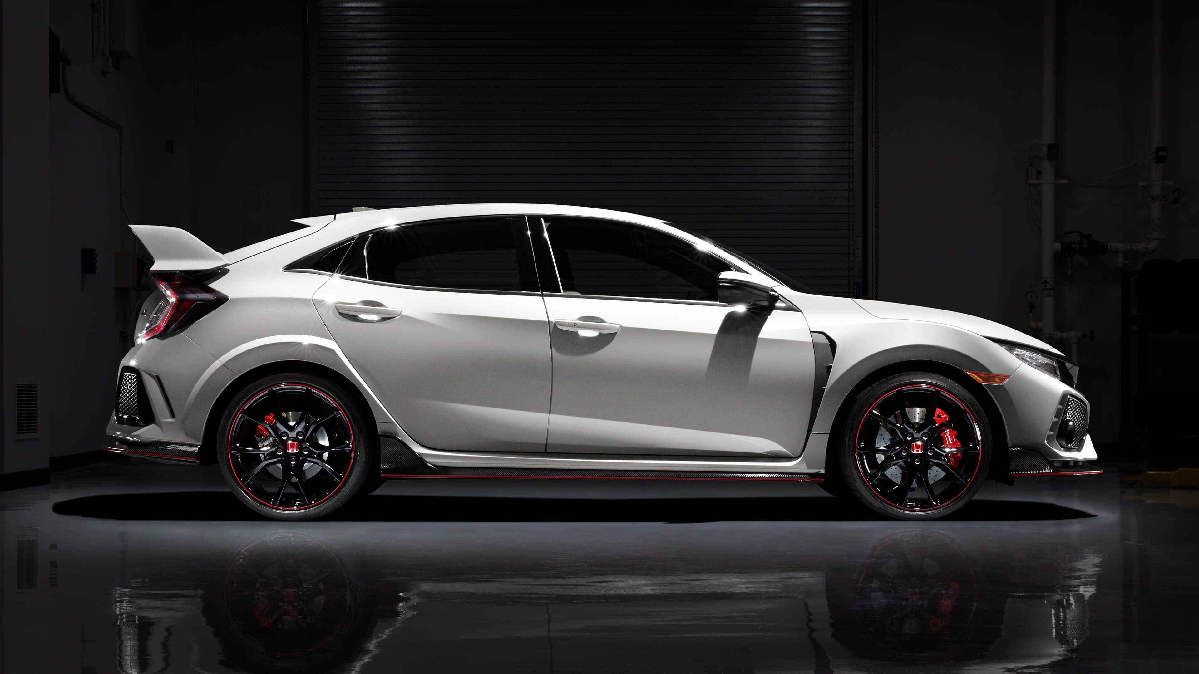 Meet The Most Powerful Honda Civic Yet The 2018 Honda Civic Type R