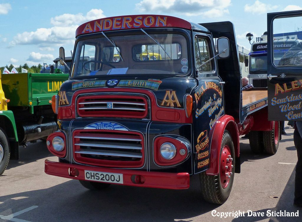 CHS200J 1970 Albion Clydesdale Flatbed | L A D  Cabs  | Old