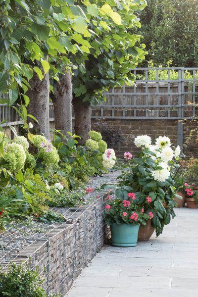 How to save money on garden design #contemporarygardendesign