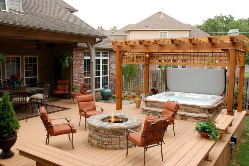 Outdoor , Nice Backyard Deck Ideas with Hot Tubs : Cozy Place In ...