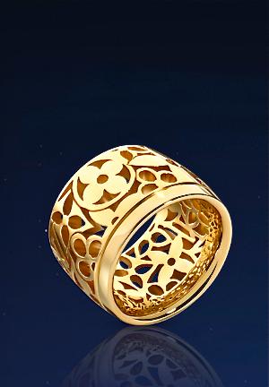 Brazalete de oro de Louis Vuitton