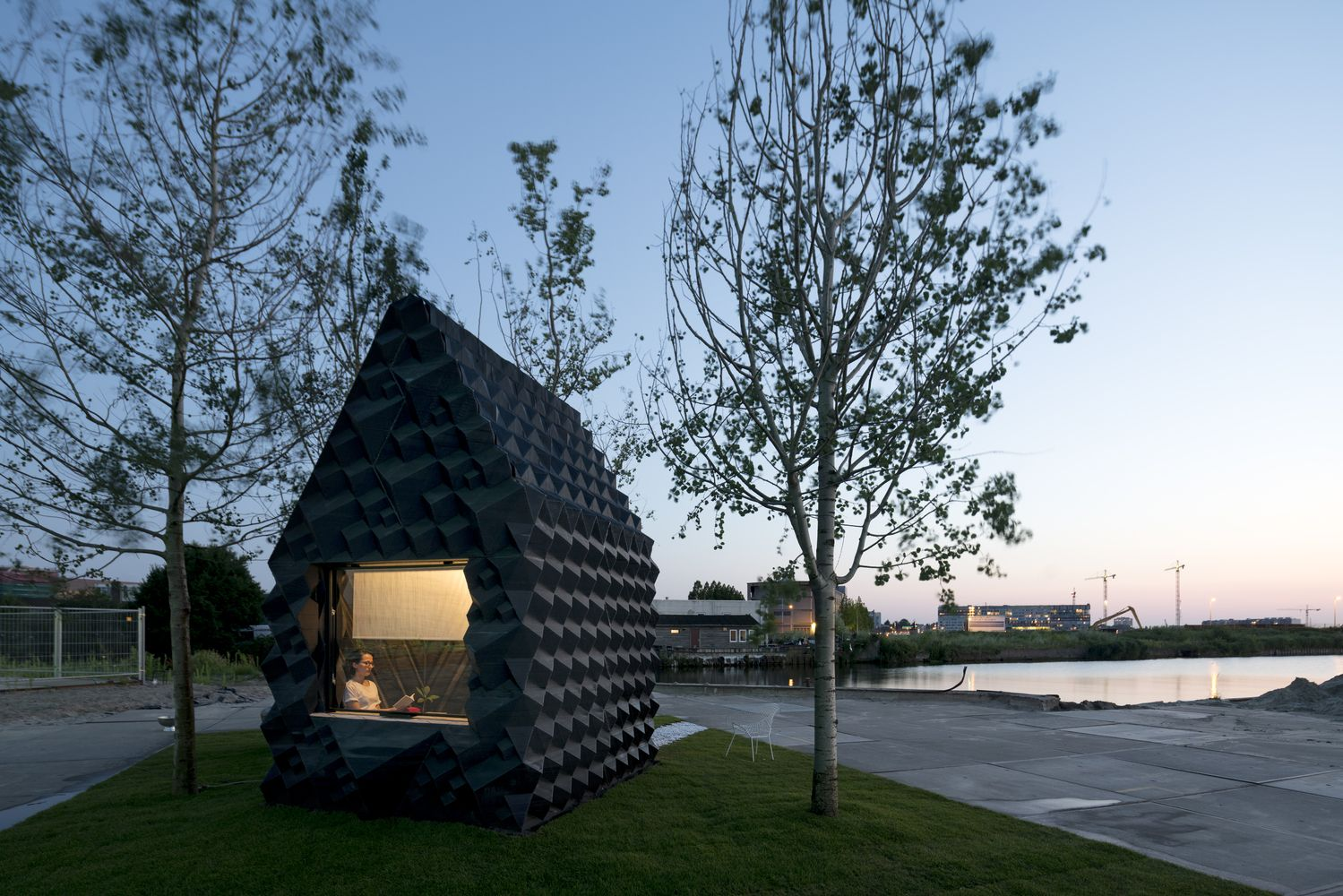 Gallery of Urban Cabin / DUS Architects - 1