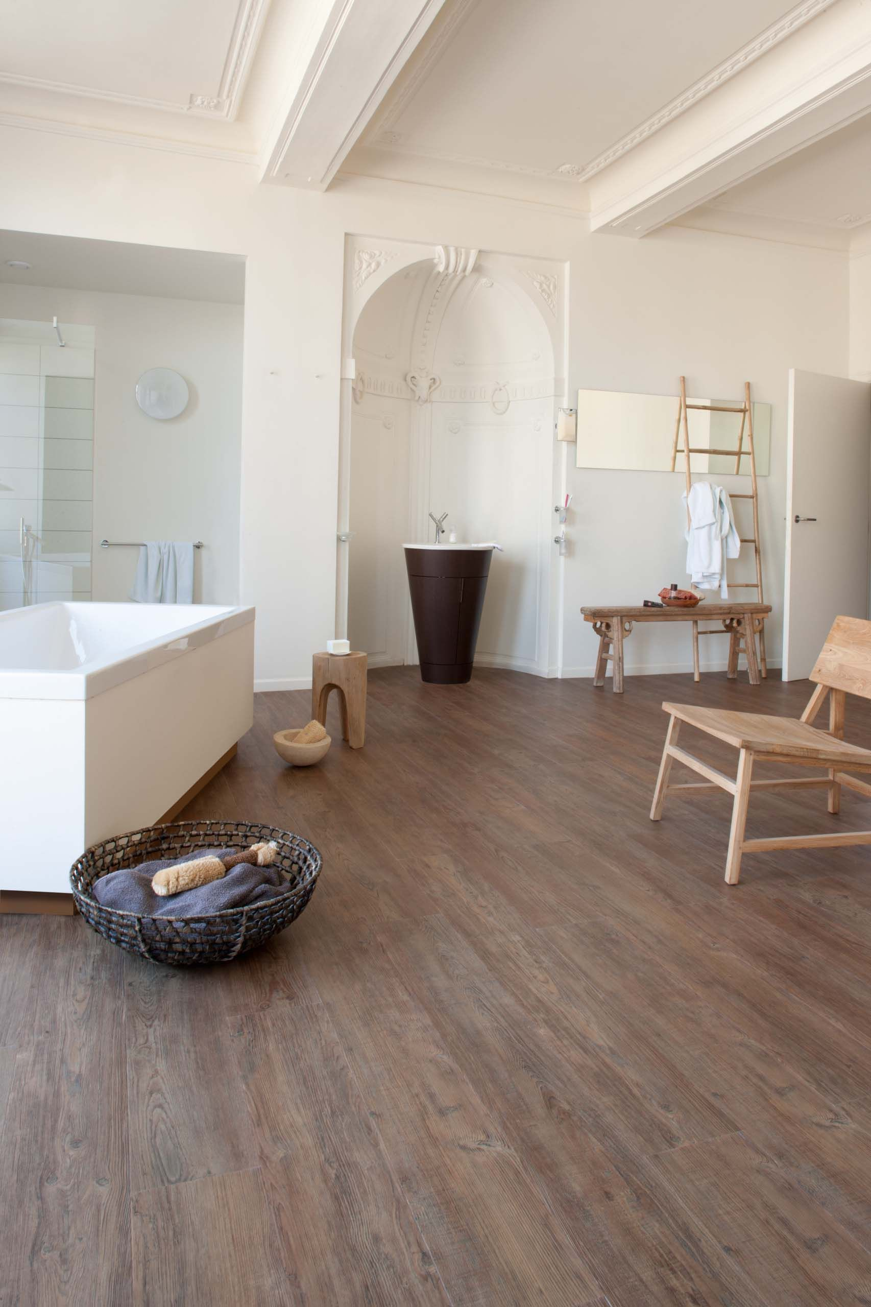 latin pine wood effect luxury vinyl flooring moduleo