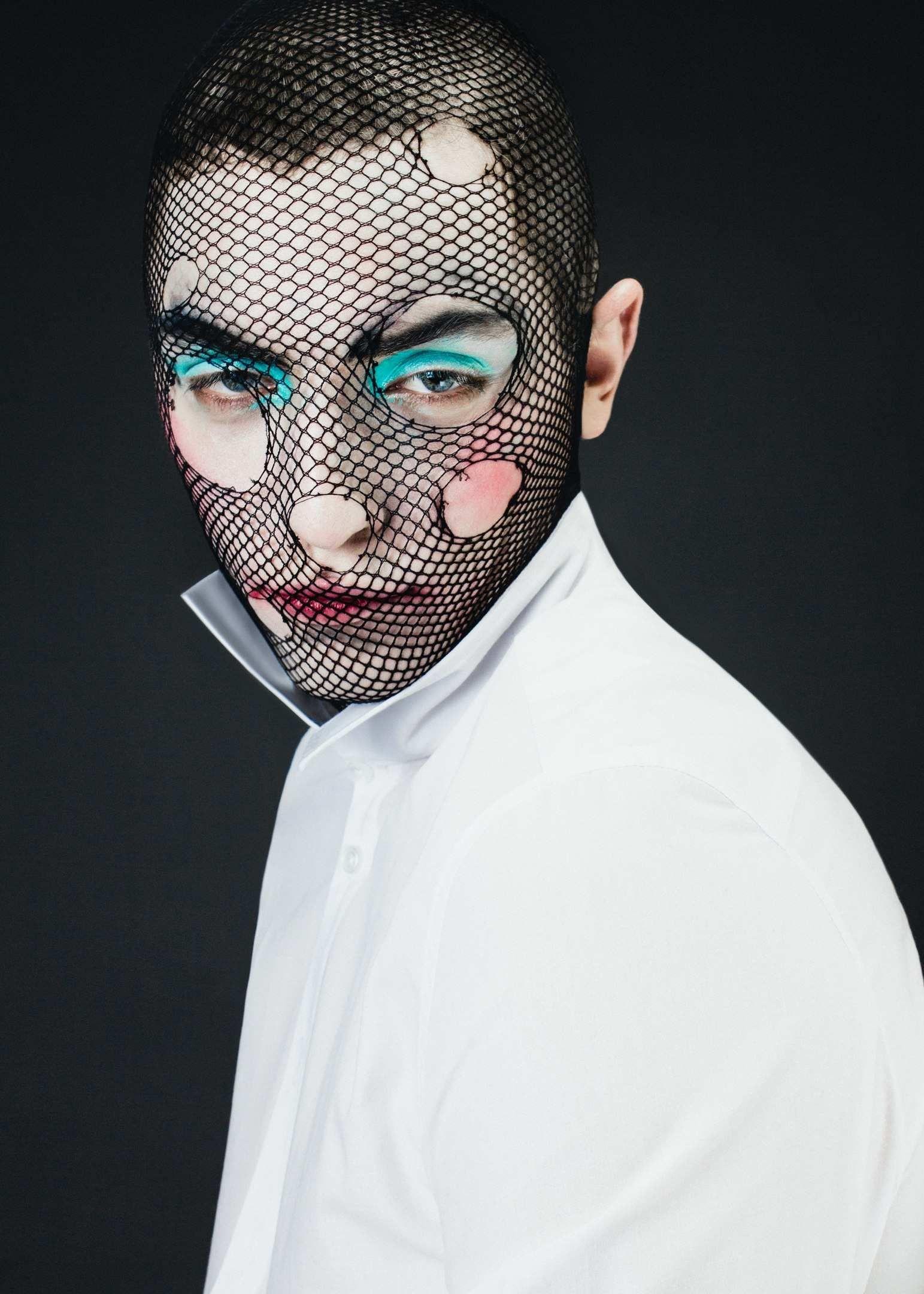 фотосессия для мужчин макияж москва можно встретить