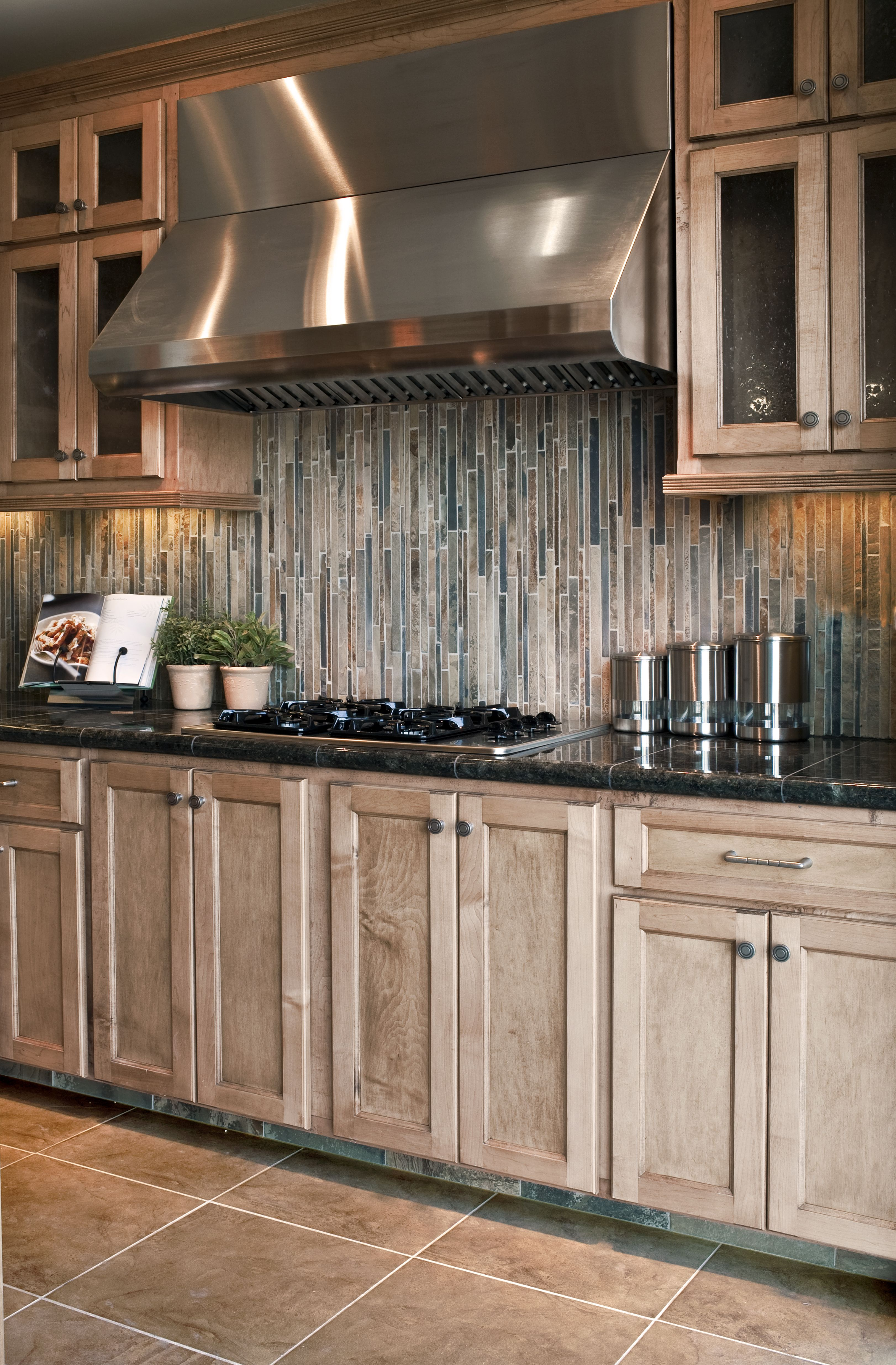 Cornith For Kitchen Cabinets