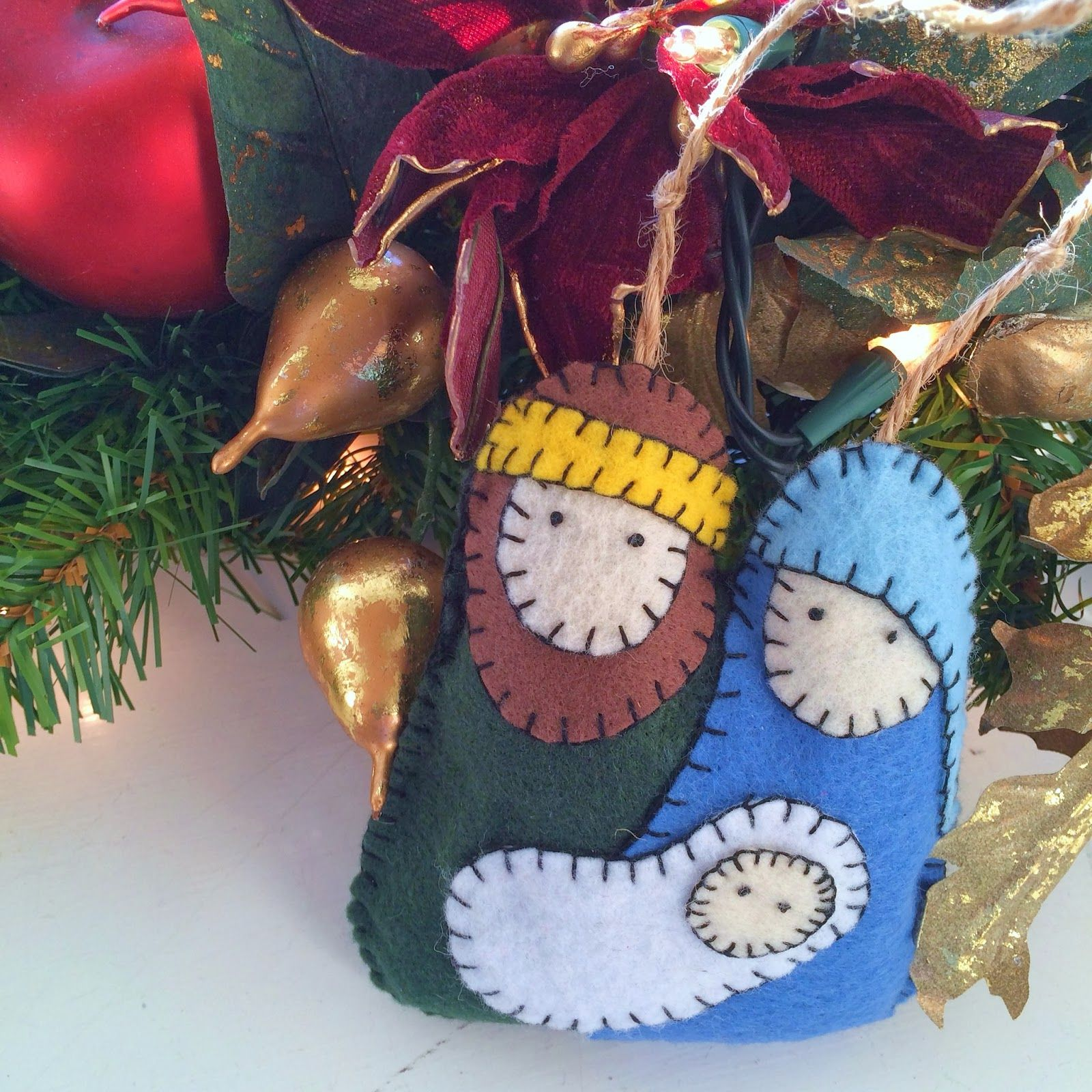 The Idea Came From Pinterest Of Course Like Many Of You I Find All Kinds Of Cleve Felt Christmas Ornaments Nativity Ornaments Christmas Crafts Decorations
