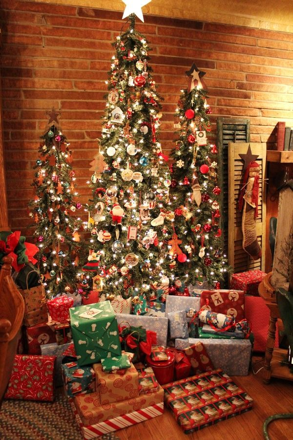 25 Fabulous Christmas Trees The Contractor Chronicles Slim Christmas Tree Christmas House Lights Christmas Decor Trends
