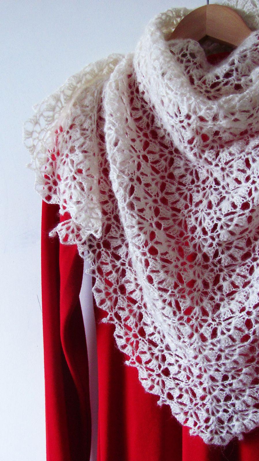 Swan Lake pattern by Katya Novikova   Swan lake, Swans and Ravelry