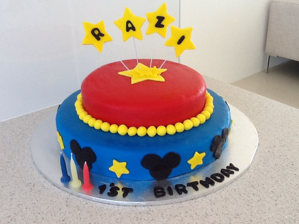 Mickey Mouse 1st Birthday Cake......love this blue