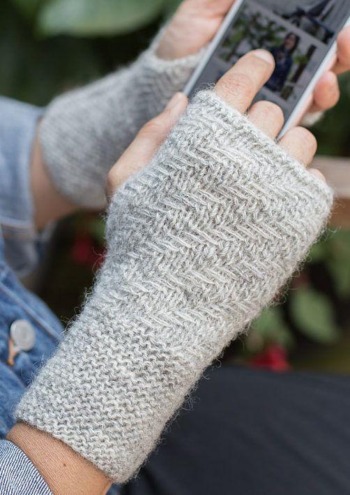 Free Knitting Pattern for Herringbone Mitts - These easy fingerless ...