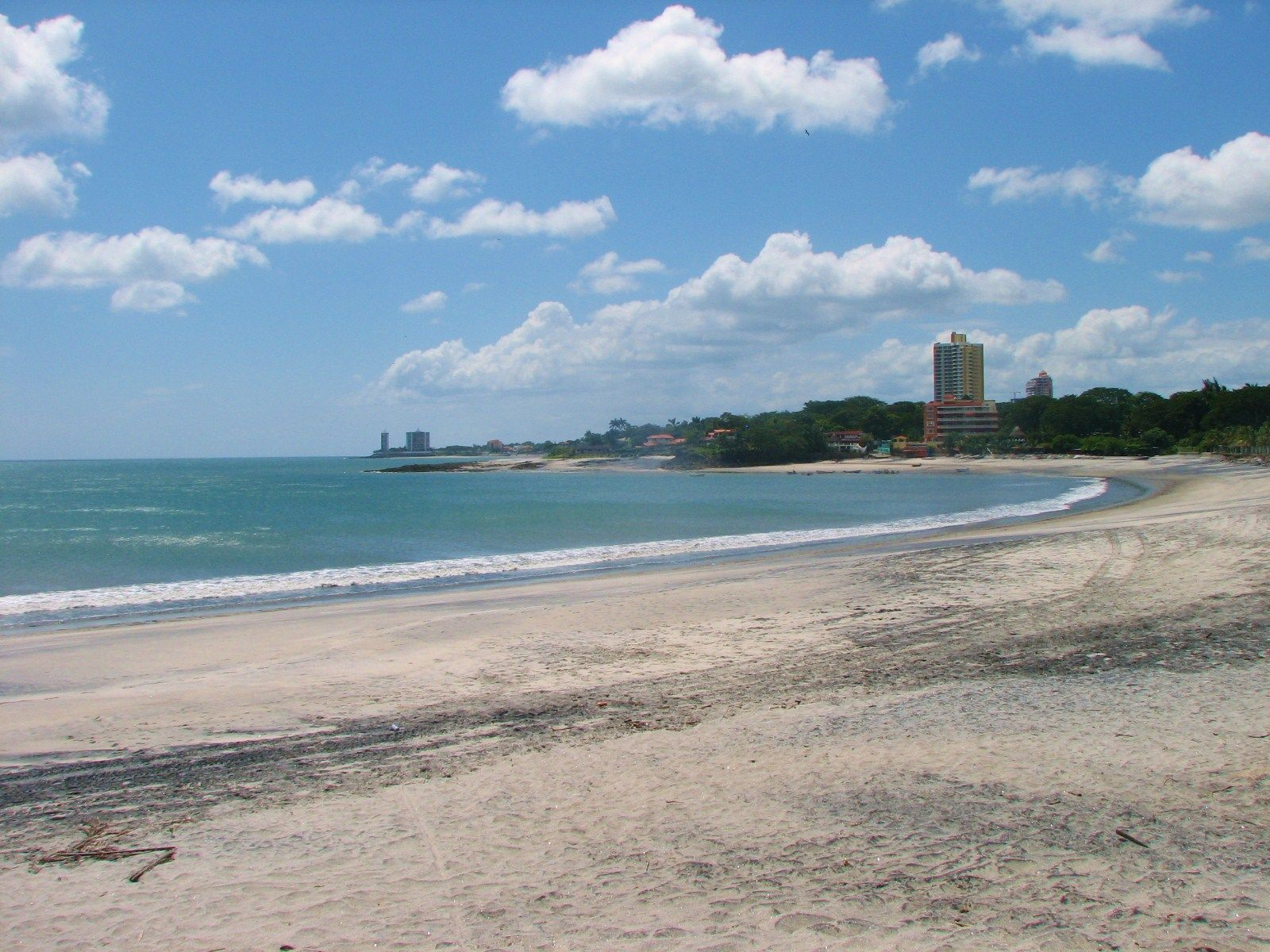Hernias Playa Gorgona Beach Panama Photo By Lisa Ruizo