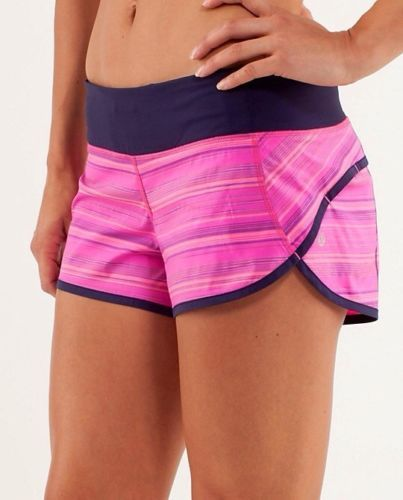Pink Running Outfit: What to wear running in pink!:: running gear When it comes to gear, running is a pretty simple sport. Most people who are new to running .