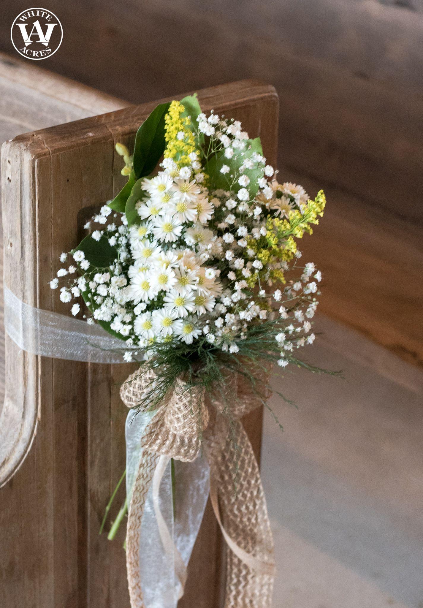Wedding ceremony barn, wedding décor, summer wedding ...