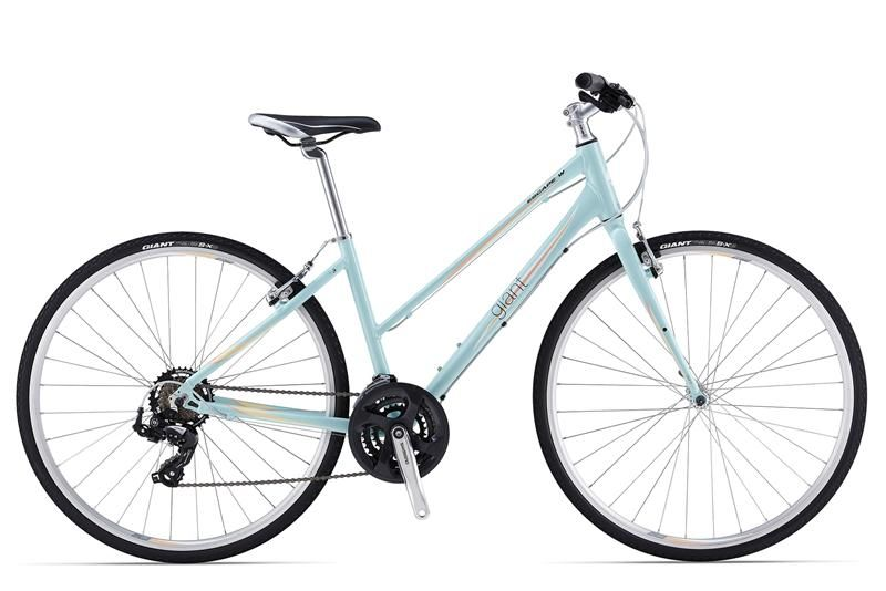 Giant Escape 3 W In Charcoal And Purple Giant Bicycles Bicycle City Bike