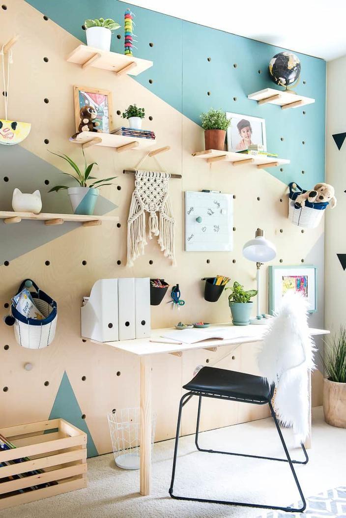 Pocket DIY PLYWOOD PEGBOARD WALL Rustic Furniture