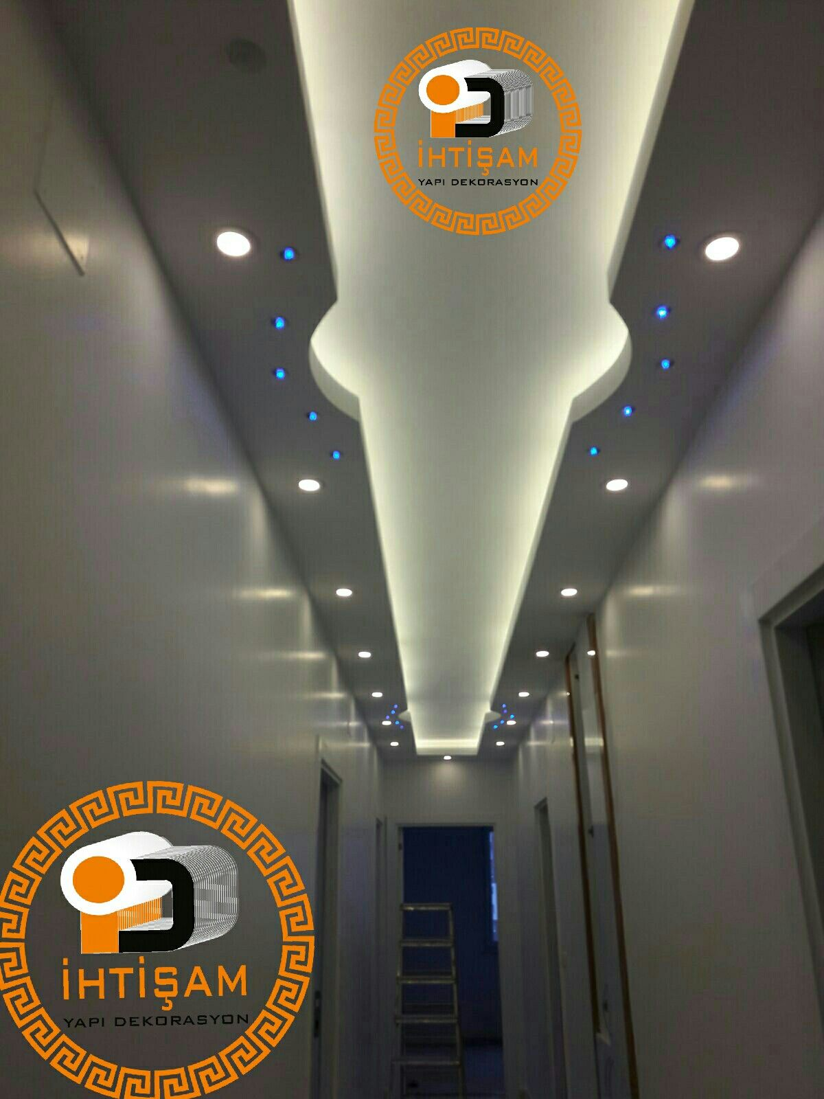 Pin By الضوي الوايلي On Asma Tavan Modelleri Gizli Isik Bandi Modelleri Ceiling Design False Ceiling Design Ceiling Design Modern