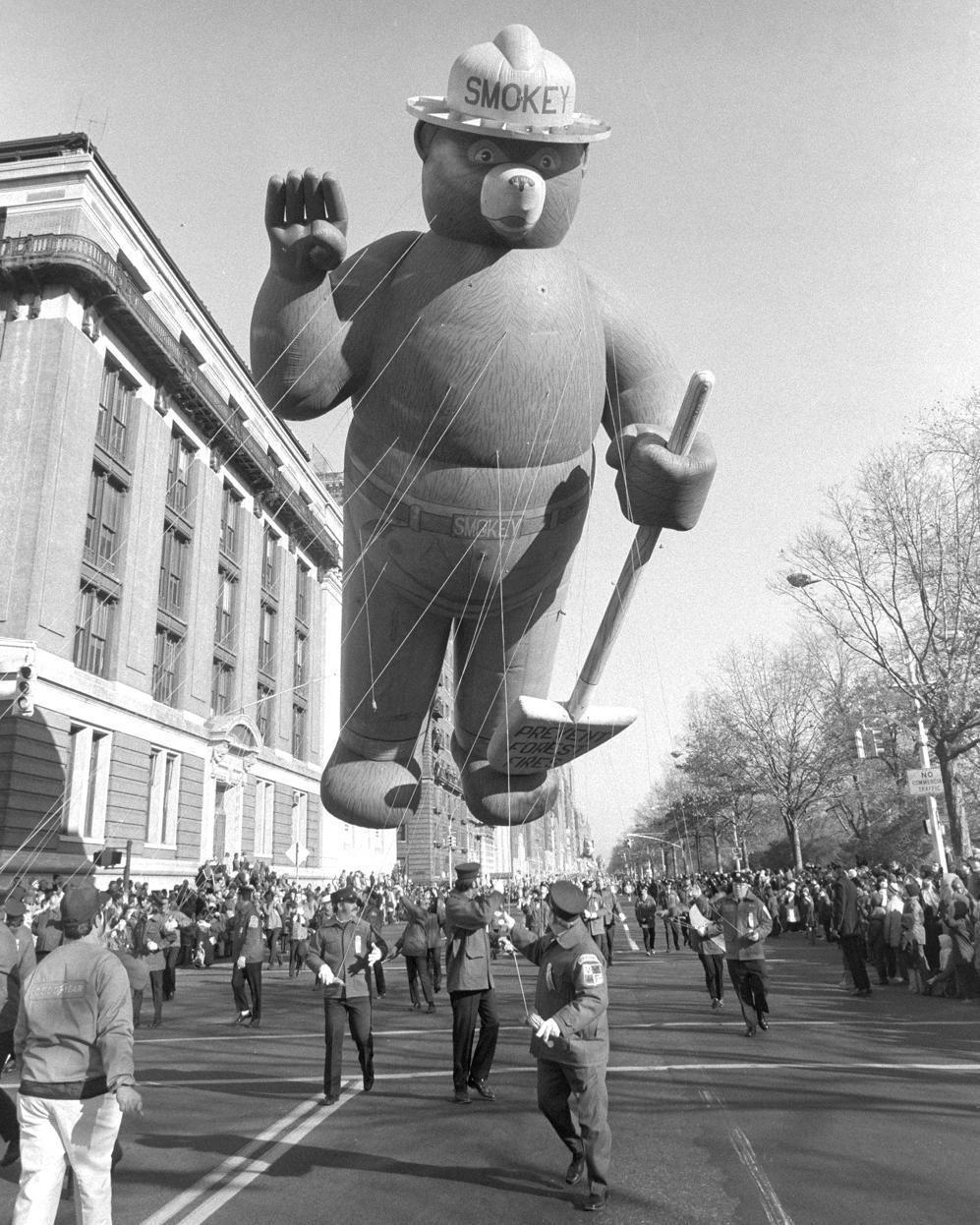 Macy S Thanksgiving Day Parade 1965 Macy S Thanksgiving Day Parade Thanksgiving Parade Thanksgiving Day Parade