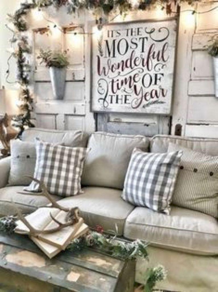 Rustic Farmhouse Style Christmas Decorating Ideas 20