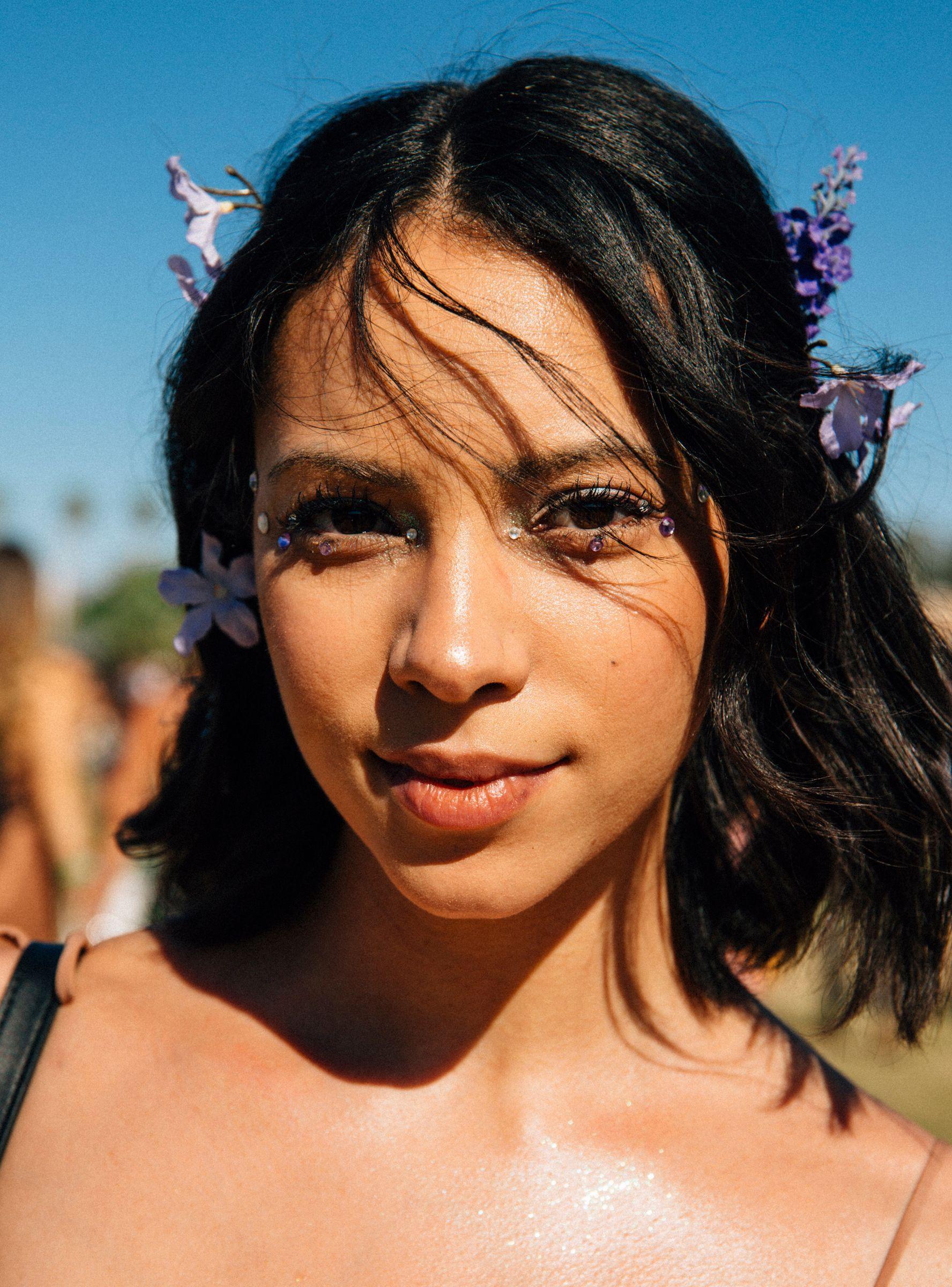 Coachella's Biggest Makeup Trend? Glitter, Glitter, & More