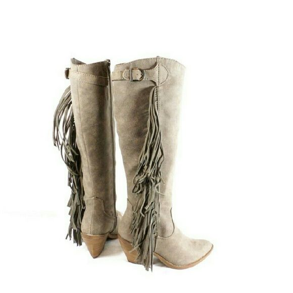 Carlos Santana Lever Tall Fringe Boots Thanks for viewing my listing. I  take all my