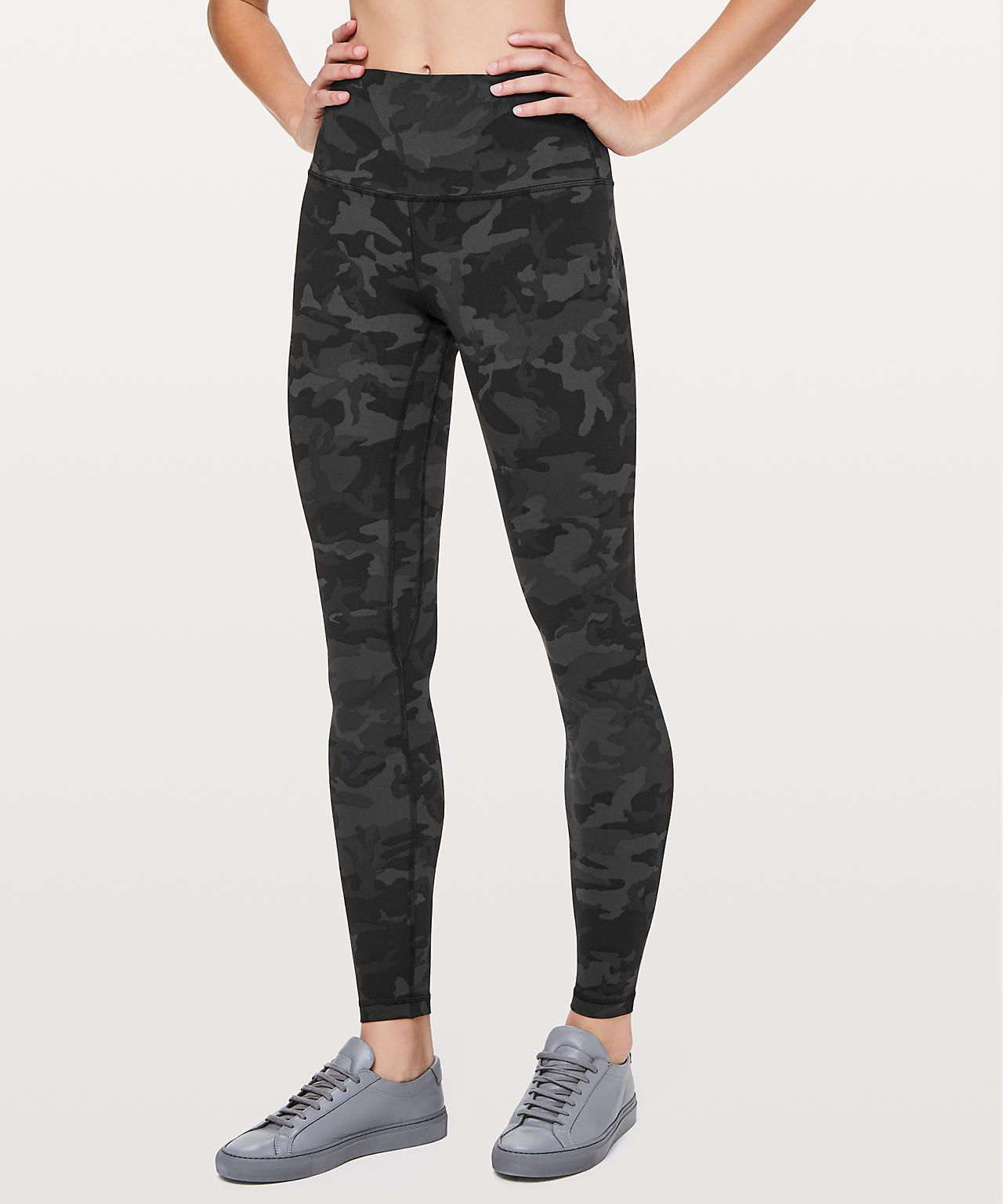 6e3f1ecb22 The Lululemon Upload | Style | Camo leggings outfit, Camo leggings ...
