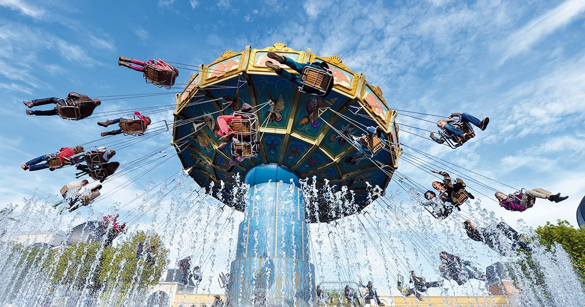 Freizeitpark Phantasialand In Bruhl Bei Koln Theme Park Park Roller Coaster