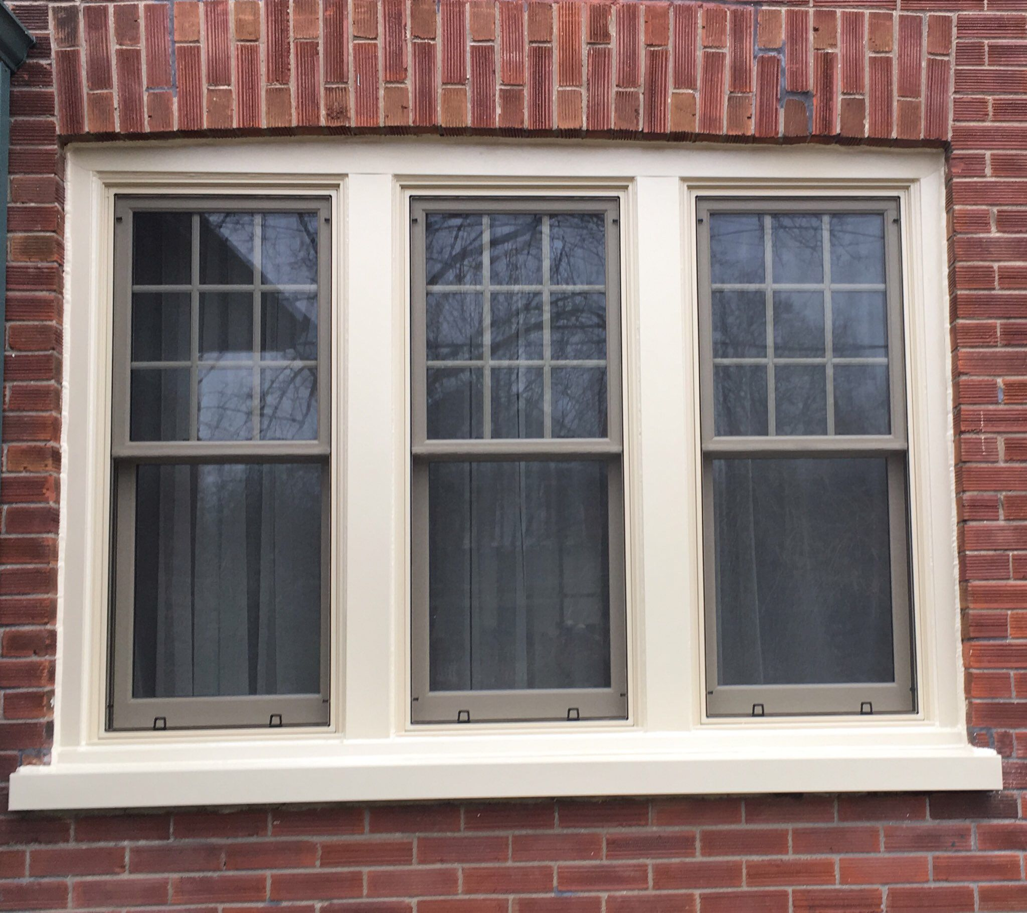Aluminum Clad Exterior Wood Interior Wood Double Hung Windows With 3 X 3 Grilles In Top Sash Wood Double Hung Windows Exterior Wood Windows