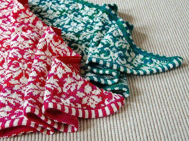'Thistle' pattern knit shawls