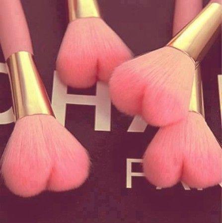 heart makeup brushes