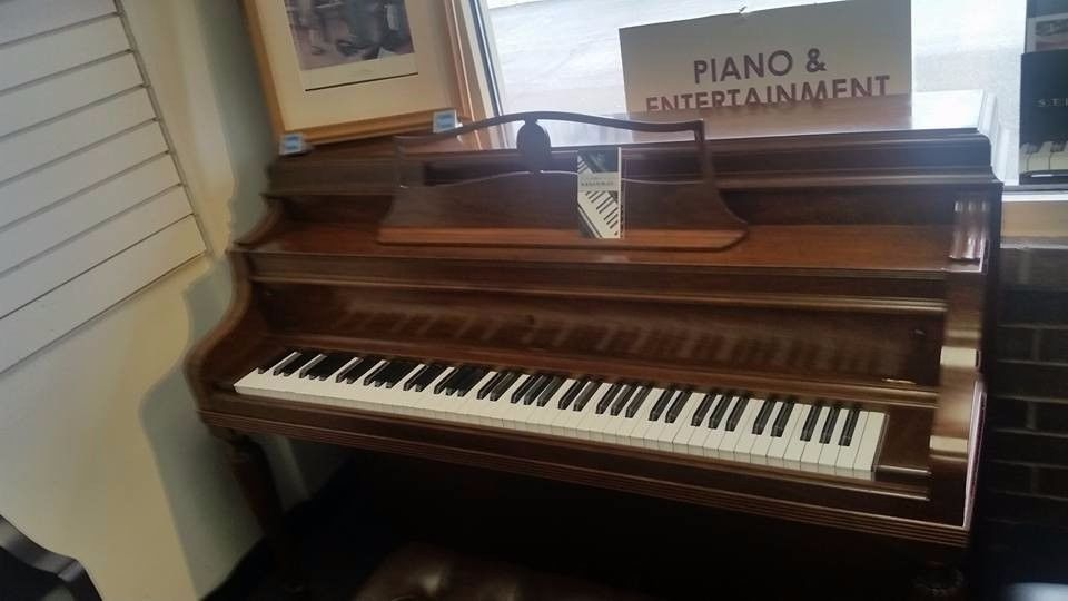 Kawai Upright Pianos For Sale Ebay >> Steinway Console Piano Rebuilt And Refurbished In 90s Ebay