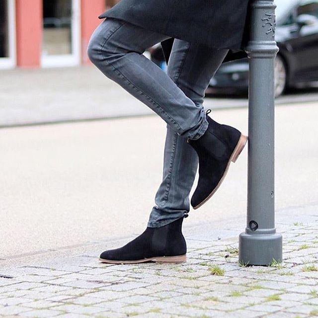 #MenWithFootwear