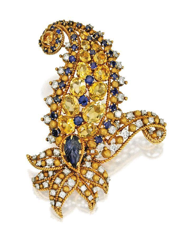 Lot 329 až 18 karátového zlata, Sapphire, Yellow Sapphire a Diamond 'Paisley' Brož, Tiffany & Co., Francie, Circa 1955