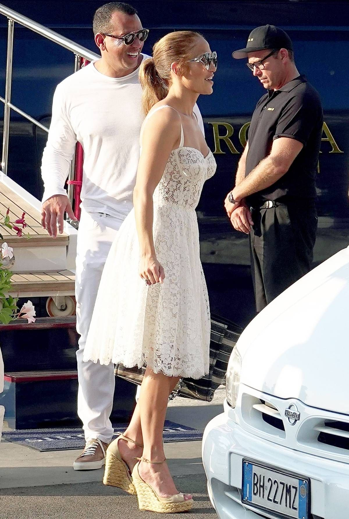 Jlo wedding dress  Jennifer Lopez Just Wore Meghan Markleus Favorite Mall Brand in
