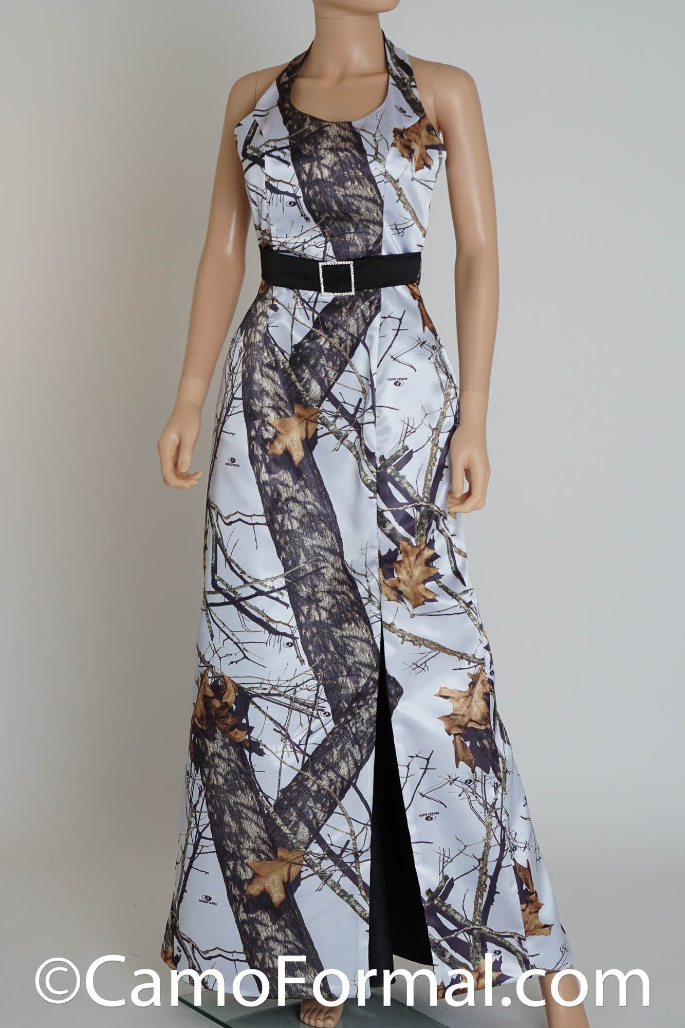 camo bridal dress with contrast belt and chapel train winter