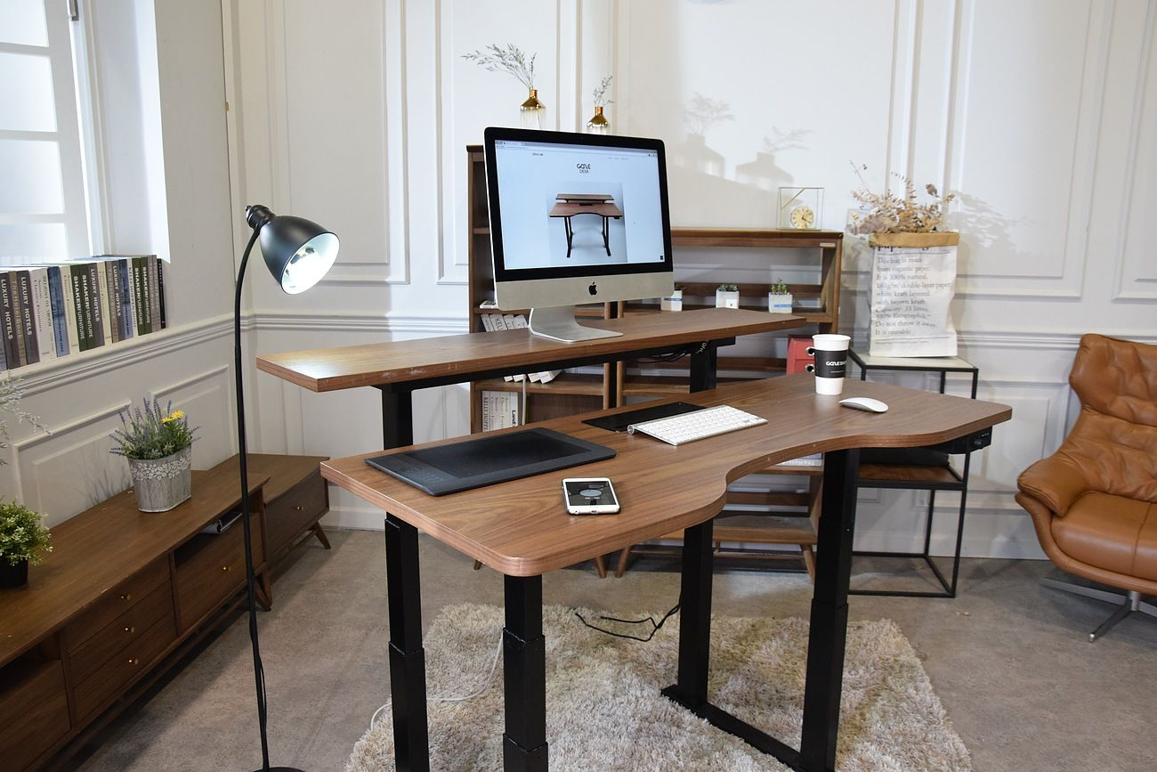 Gaze Desk The Smartest Standing Desk Ever Standing Desk Standing Work Desks Adjustable Desk