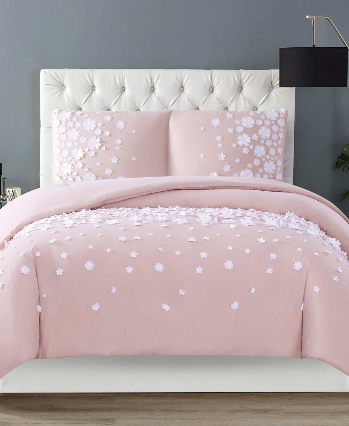 Christian Siriano New York Christian Siriano Confetti Flowers 3 Piece Blush King Comforter Set & Reviews - Comforters: Fashion - Bed & Bath - Macy's