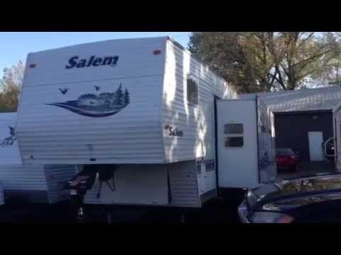 2004 Salem Forest River 32 Foot 5th Wheel Travel Trailer Super