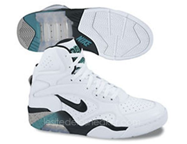 New images of the upcoming David Robinson Nike Air Force 180 High 2012 Retro  sneakers in OG colors release Holiday