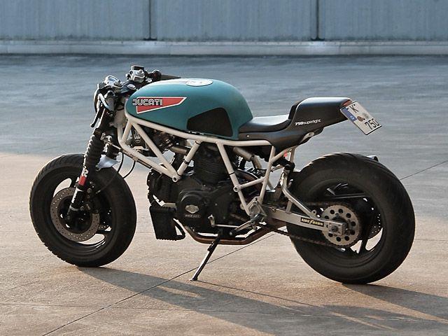 Look Twice 1974 Ducati 750 Gt Ducati Cafe Racer Ducati 750