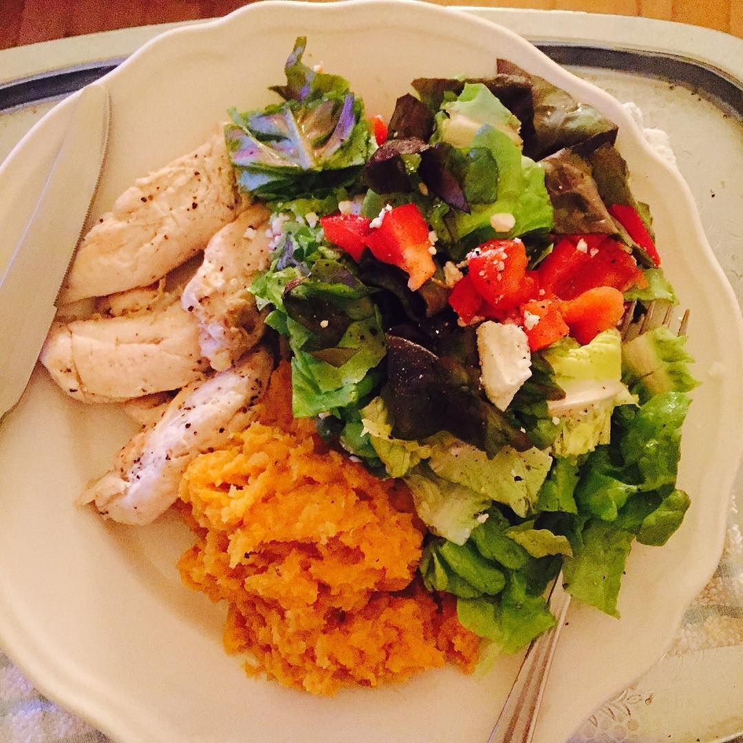 I'm feeling ready for a big yummy dinner tonight! Chicken tenders fried in omega 3 rich hemp oil sweet potato mash and a fab organic leaf and feta salad. It's a meal fit for a queen!  by cherylswellness