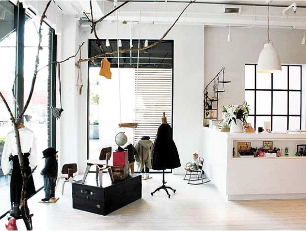 Love the the look of this store in Toronto... #retailer #inspiration #playologie