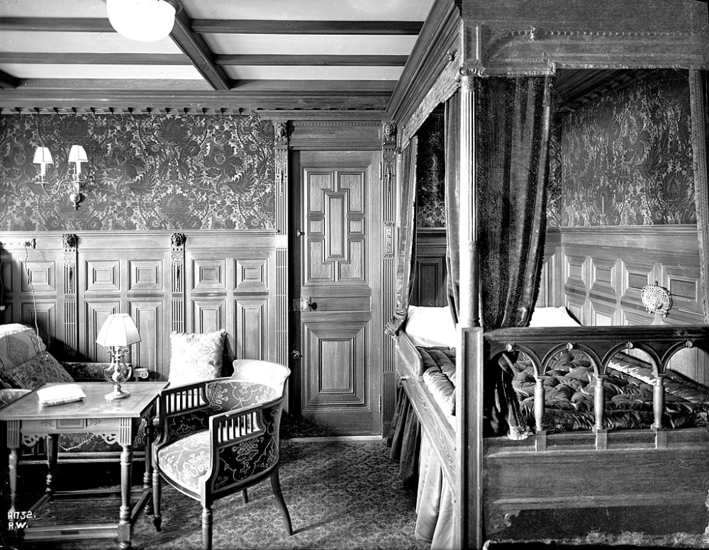 Titanic S B 59 Stateroom First Class Facilities Of The Rms Titanic Wikipedia Rms Titanic Titanic Cabin Interiors