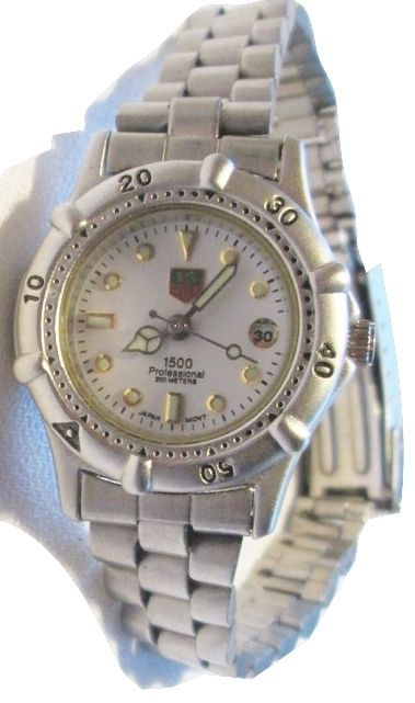 d346448eaaf TAG HEUER 1500 Professional Ladies 200 Meters Water Resistant Wrist Watch   TAGHeuer  LuxurySportStyles