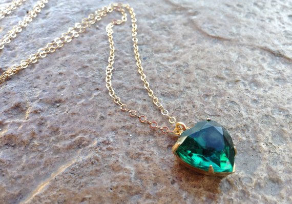Emerald Green Teardrop Pendant May Birthstone Gold Layering Necklace Green Onyx Necklace Emerald Jewelry May Gift Minimalist Necklace