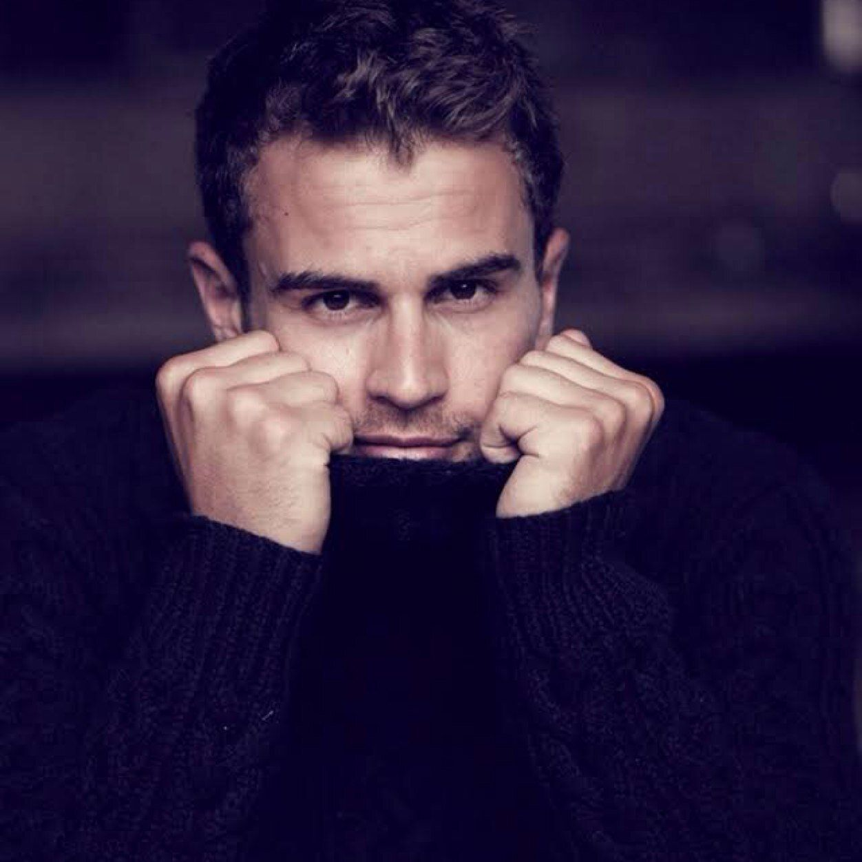 cleavage Theo James (born 1984) naked photo 2017
