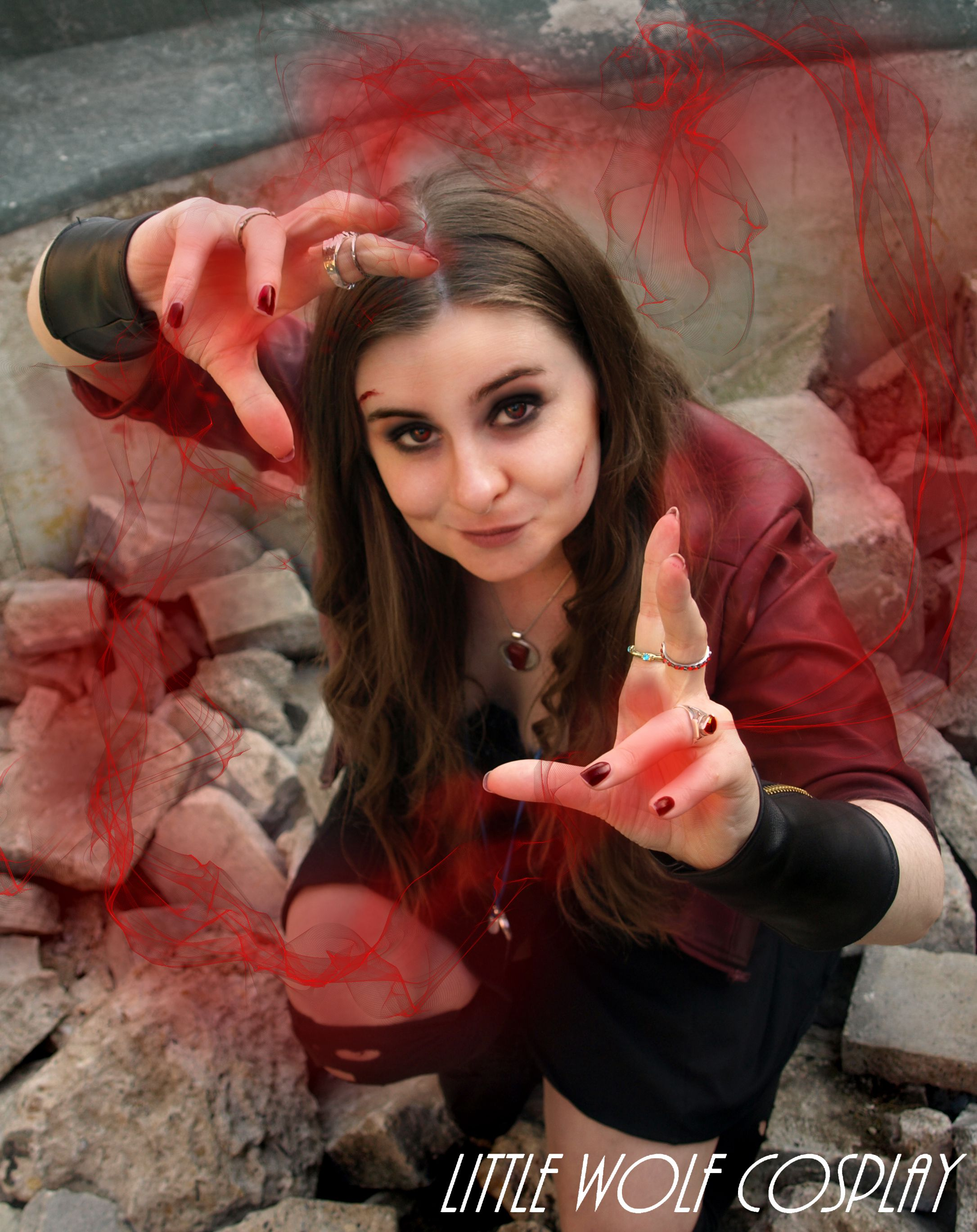 Wanda Maximoff/Scarlet Witch Cosplay from Avengers: Age of Ultron ...