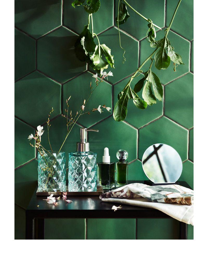 Uudista kotisi tilat vihreillä sävyillä ja sisustusuutuuksillamme.