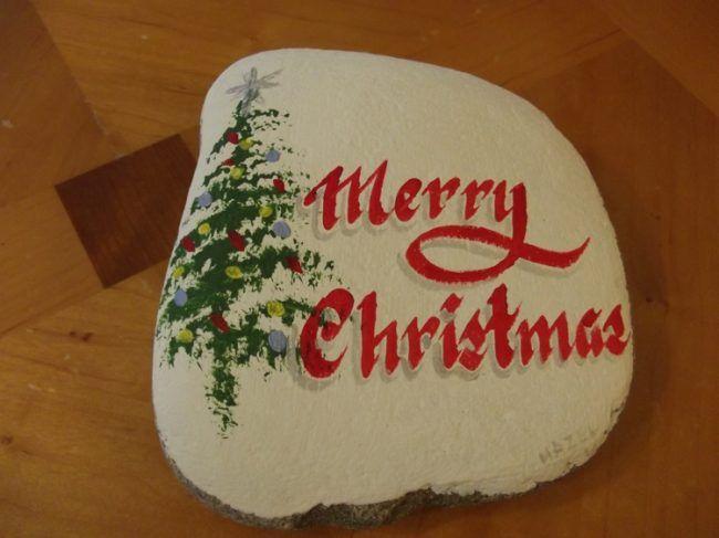 steine bemalen weihnachten tannenbaum dekoration festlich