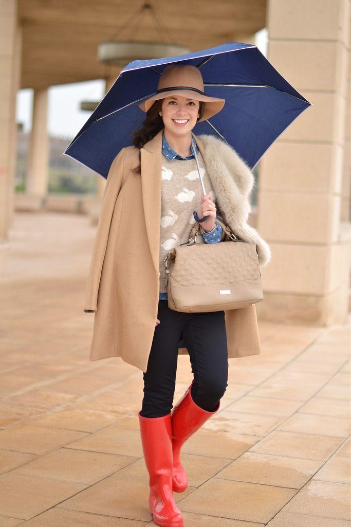 36ace450e64 Look con botas de agua para llevar en días lluviosos