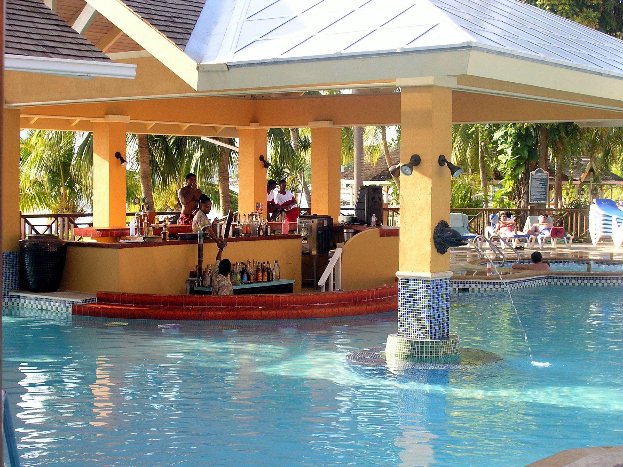 swim up bar at Sandals Negril Jamaica. Trip Advisor rating